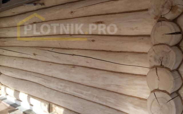 Конопатка сруба из осины